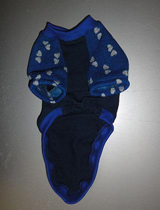 画像3: 紺(綿起毛)×青に白ハート(ジャガード)(半袖)トレーナー3号 (3)
